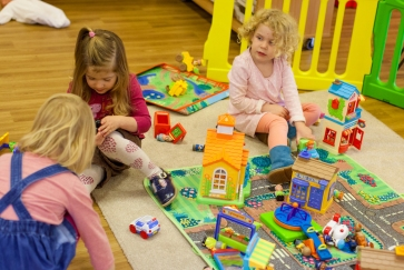 nursery-kids-and-staff-38-of-75